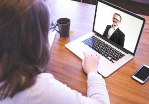 Jak přijímat lidi přes online schůzky – 4 zásady, které musíte znát